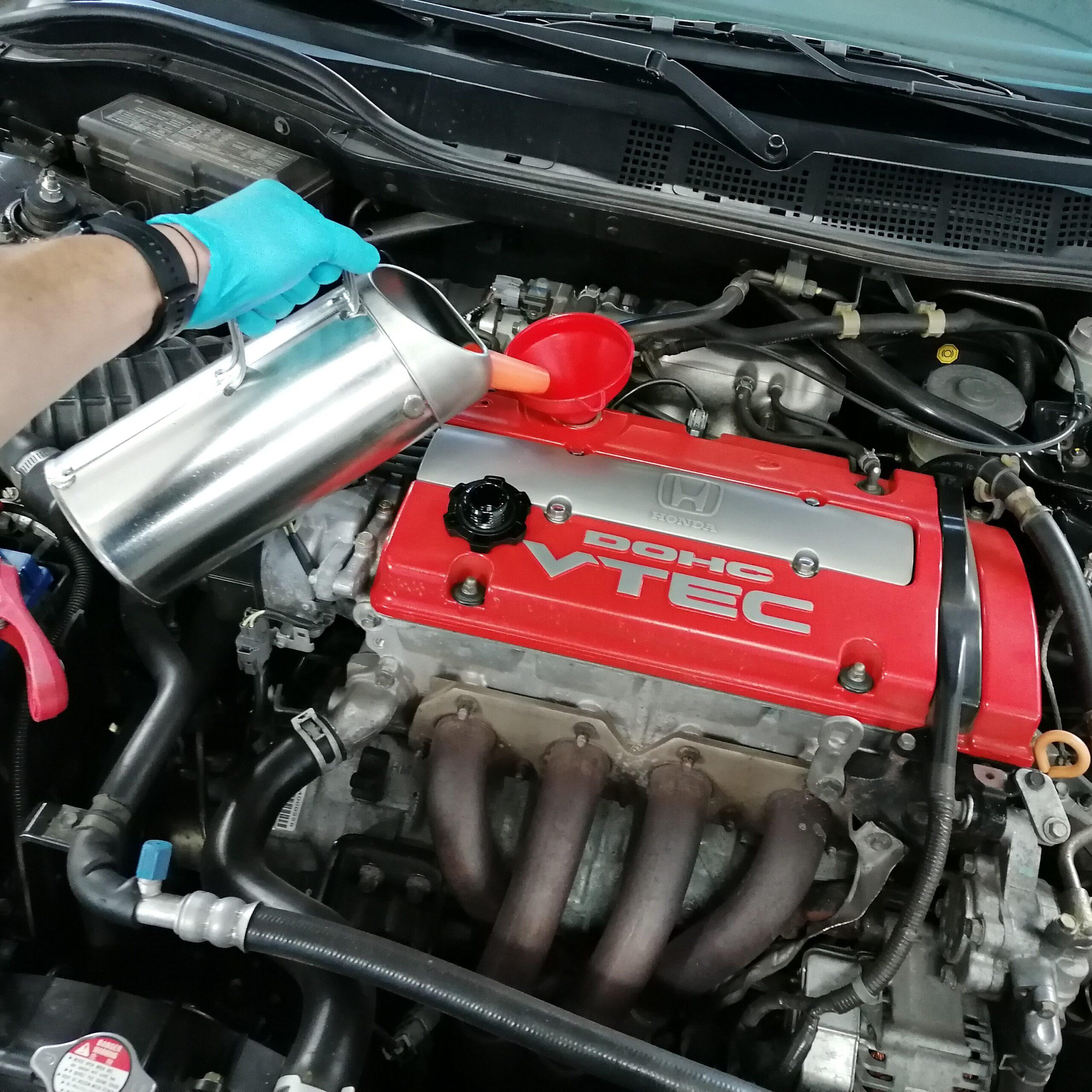 Nach Herstellervorschriften unterhalten wir dein Fahrzeug im Wartungszyklus.